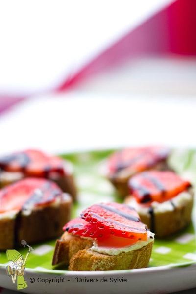 Canapés apéritifs aux fraises