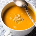 Soupe de potimarron à la châtaigne