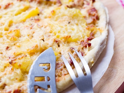 Pizza lardons, pommes de terre